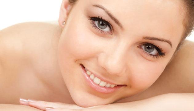 hogyan kell kezelni az pikkelysömör ízületeit vörös foltok az arcon feszesebbé teszik a bőrt
