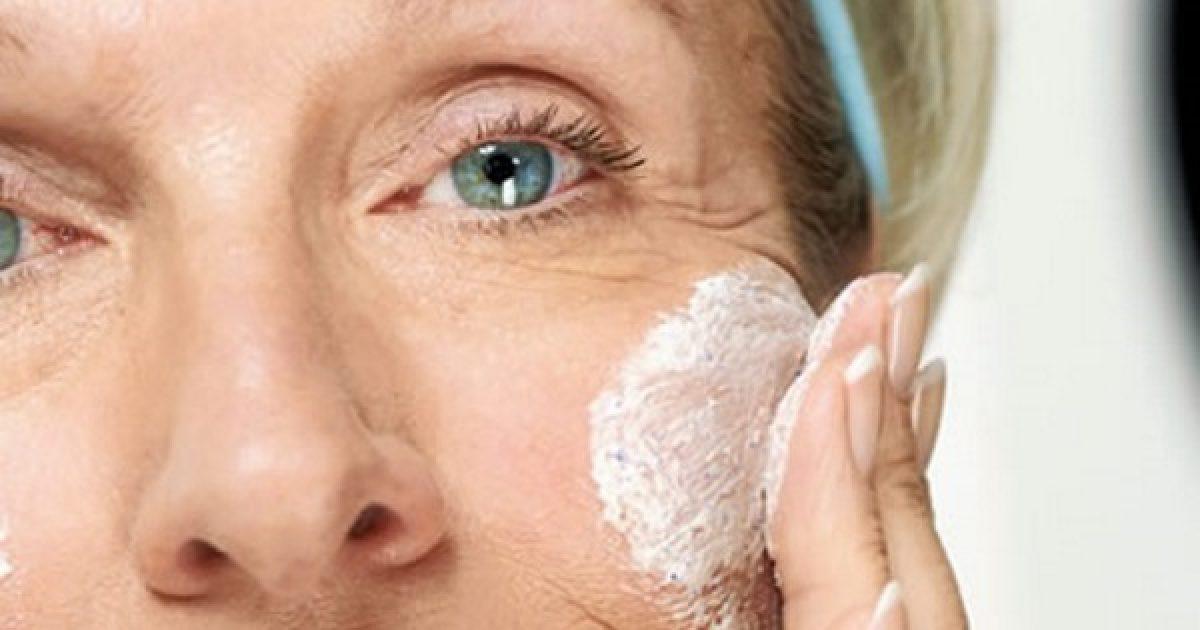 hogyan lehet eltávolítani a vörös öregségi foltokat az arcról