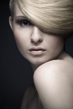 hogyan lehet otthon gyógyítani a haj pikkelysömörét népi módszerekkel