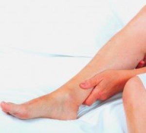 Megvakartam a lábam vörös foltok jelentek meg)